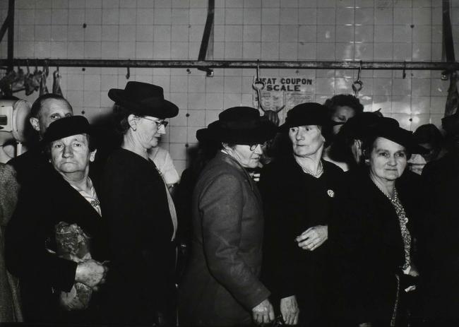 Max Dupain. 'Meat Queue, Sydney' 1946