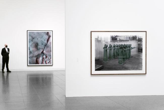 Thomas Ruff. Kunstsammlung NRW, Düsseldorf 2020 (installation view) WG Bildkunst 2020
