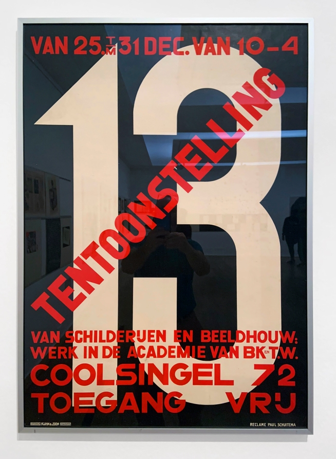 Paul Schuitema (1897-1973) '13 Tentoonstelling van Schilderijen en Beeldhouw' (13 Exhibition of Paintings and Sculptures) 1927 (installation view)