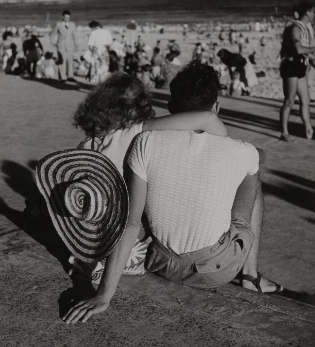 Max Dupain. 'Beach Watchers, Bondi' 1940s