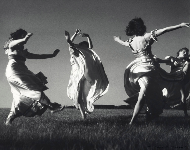 Max Dupain (Four Graces) Nd