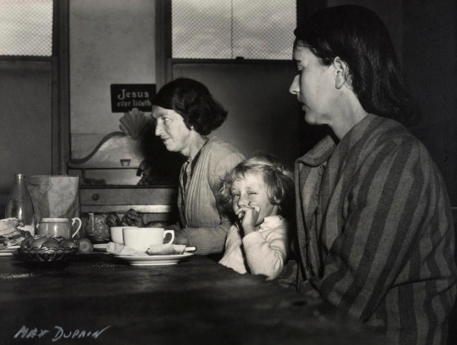 Max Dupain. 'Hostel Breakfast' Nd