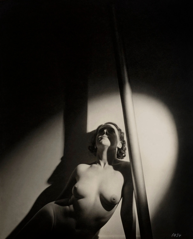 Max Dupain (Nude and Pole) 1934