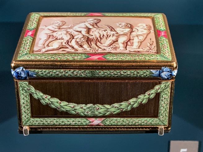 French enamelled box
