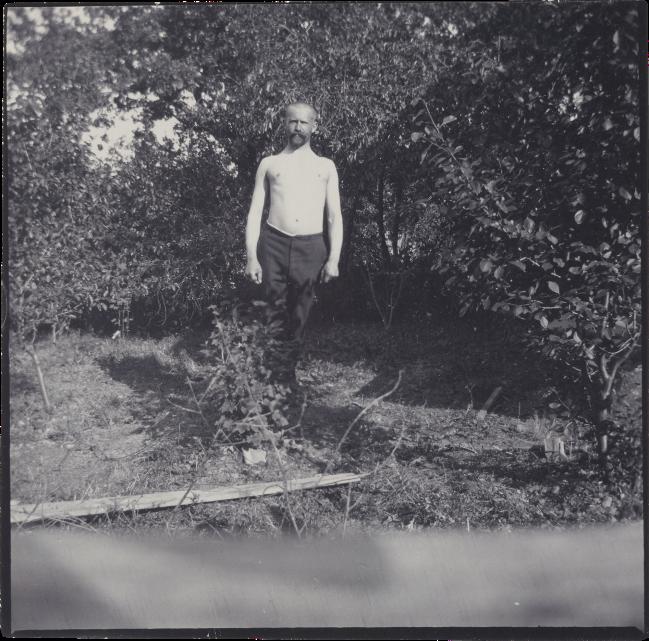 Edvard Munch (Norwegian, 1863-1944) 'Ludvig Ravensberg in Åsgårdstrand' 1904