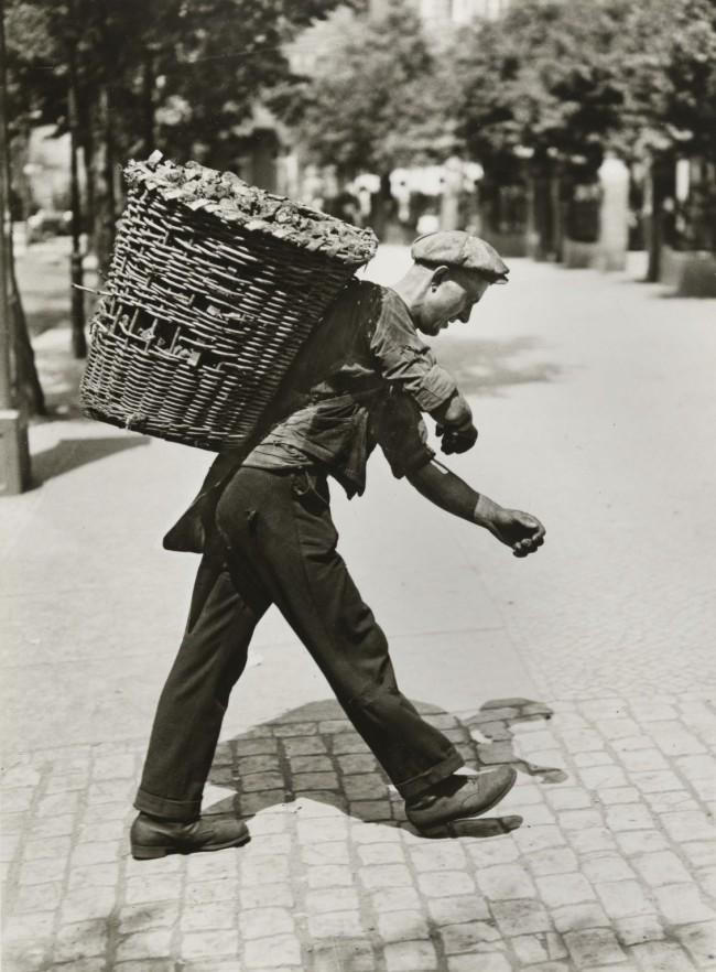 Friedrich Seidenstücker(1882-1966) 'Coal porter' 1930