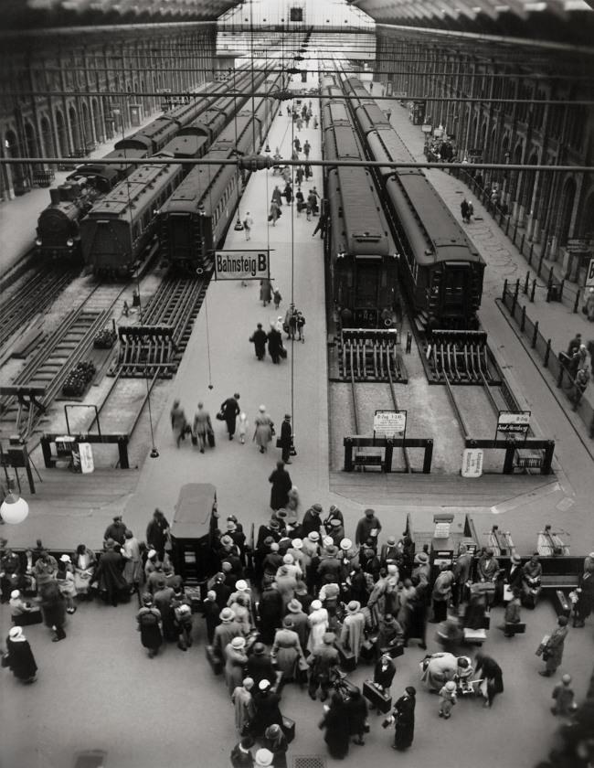 Friedrich Seidenstücker (German, 1882-1966) 'Potsdamer Bahnhof, Berlin' 1932