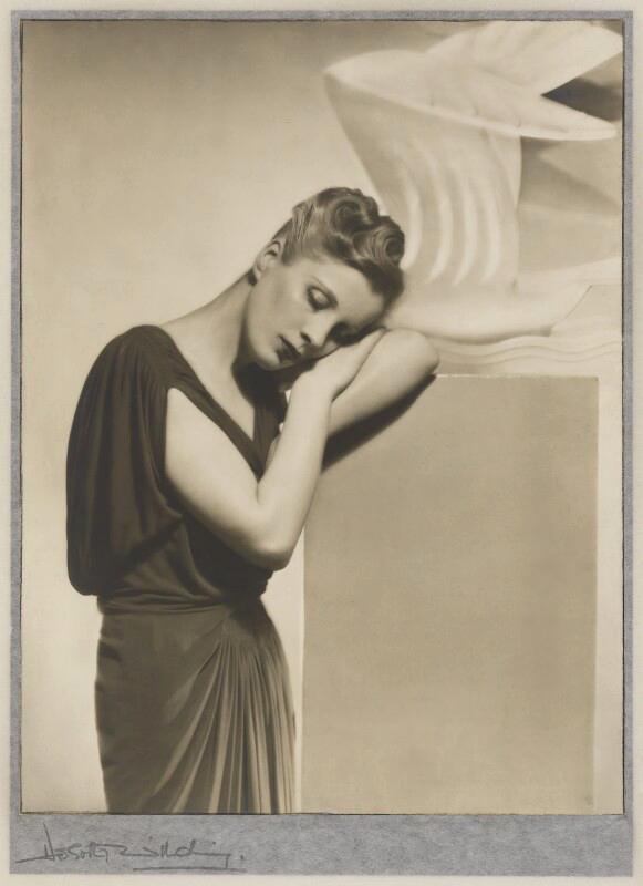 Dorothy Wilding (English, 1893-1976) 'Diana Wynyard' 1937