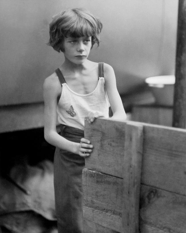 Marianne Breslauer (German, 1909-2001) 'Circus, Berlin' 1931