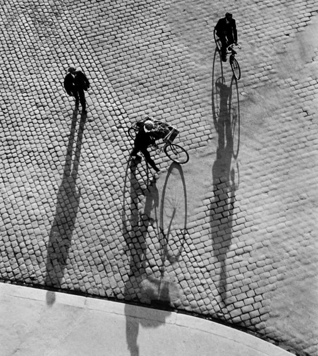 Ernst A. Heiniger (Swiss, 1909-1993) 'Bahnhofplatz, Zurich' 1933