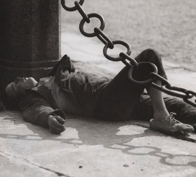 "Ernst A. Heiniger (Swiss, 1909-1993) '""Bjesprisorni"", Sleeping boy in Leningrad' 1932"