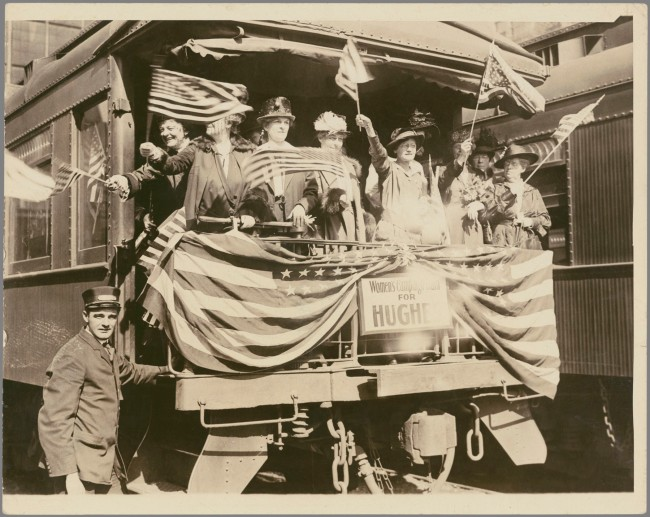 Underwood & Underwood (American, founded 1881, dissolved 1940s) '[Women's Campaign Train for Hughes]' 1916